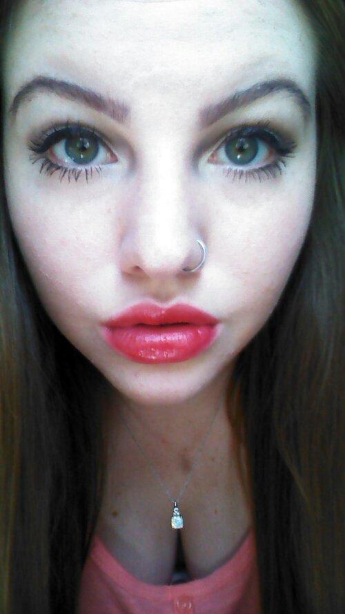 how to make my eyes look like mila kunis