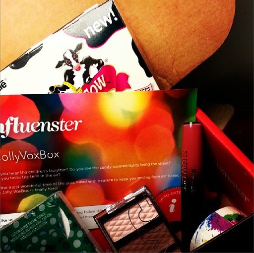 Just got my JollyVoxBox in! Yay Christmas Samples!
